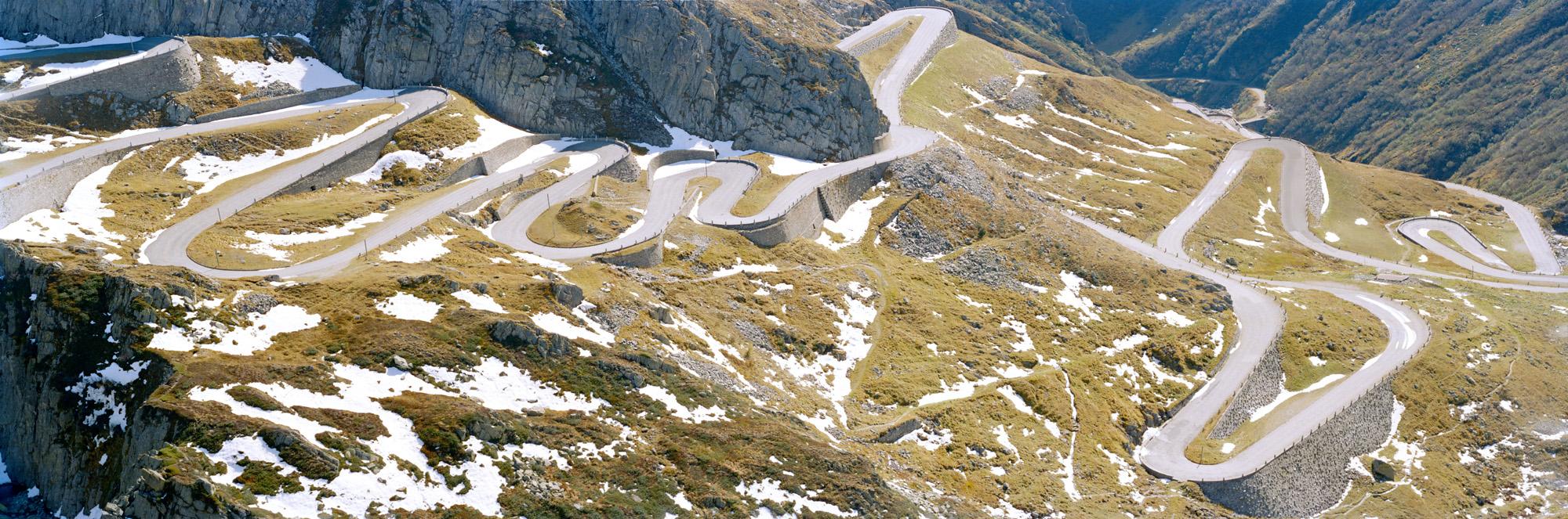 Alpenpässe, Alpen, Schweiz, Italien, Österreich, Deutschland, Natur, Landschaften, Pässe, Straßen, Steine, Berge, Wiesen, Grün, Gras, Bergluft, Blau, Himmel, Gotthardpass, St Gotthard,