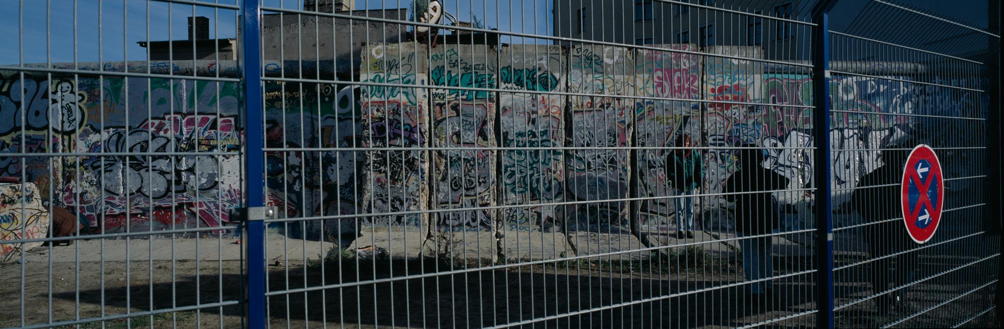 large format photography, Grossformatfotografie, Grossformatphotographie, Fotografie, Photographie, photography, 6x17, Berlin, Hauptstadt, capitol, city, Stadt, Architektur, architecture, Beton, Stahl, concrete, steel, Berliner Mauer, Berlin Wall