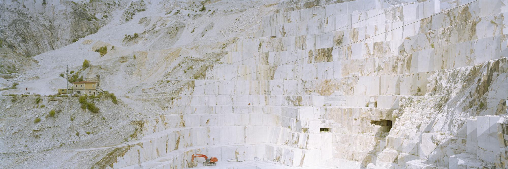 large format photography, Grossformatfotografie, Grossformatphotographie, Fotografie, Photographie, photography, 6x17, Tagebau, Marmor, Stein, Gestein, Weiß, marmoriert, Italien, Alpi Apuane,