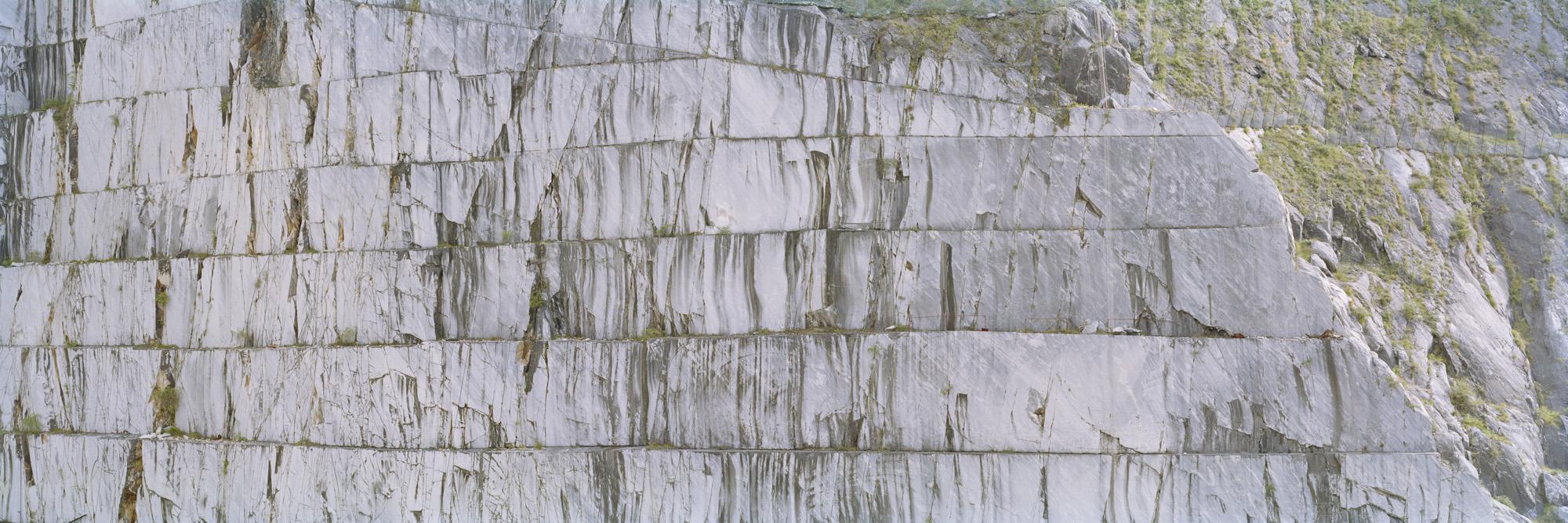 large format photography, Grossformatfotografie, Grossformatphotographie, Fotografie, Photographie, photography, 6x17, Tagebau, Marmor, Stein, Gestein, Weiß, marmoriert, Italien, Alpi Apuane, Carrara, Massa