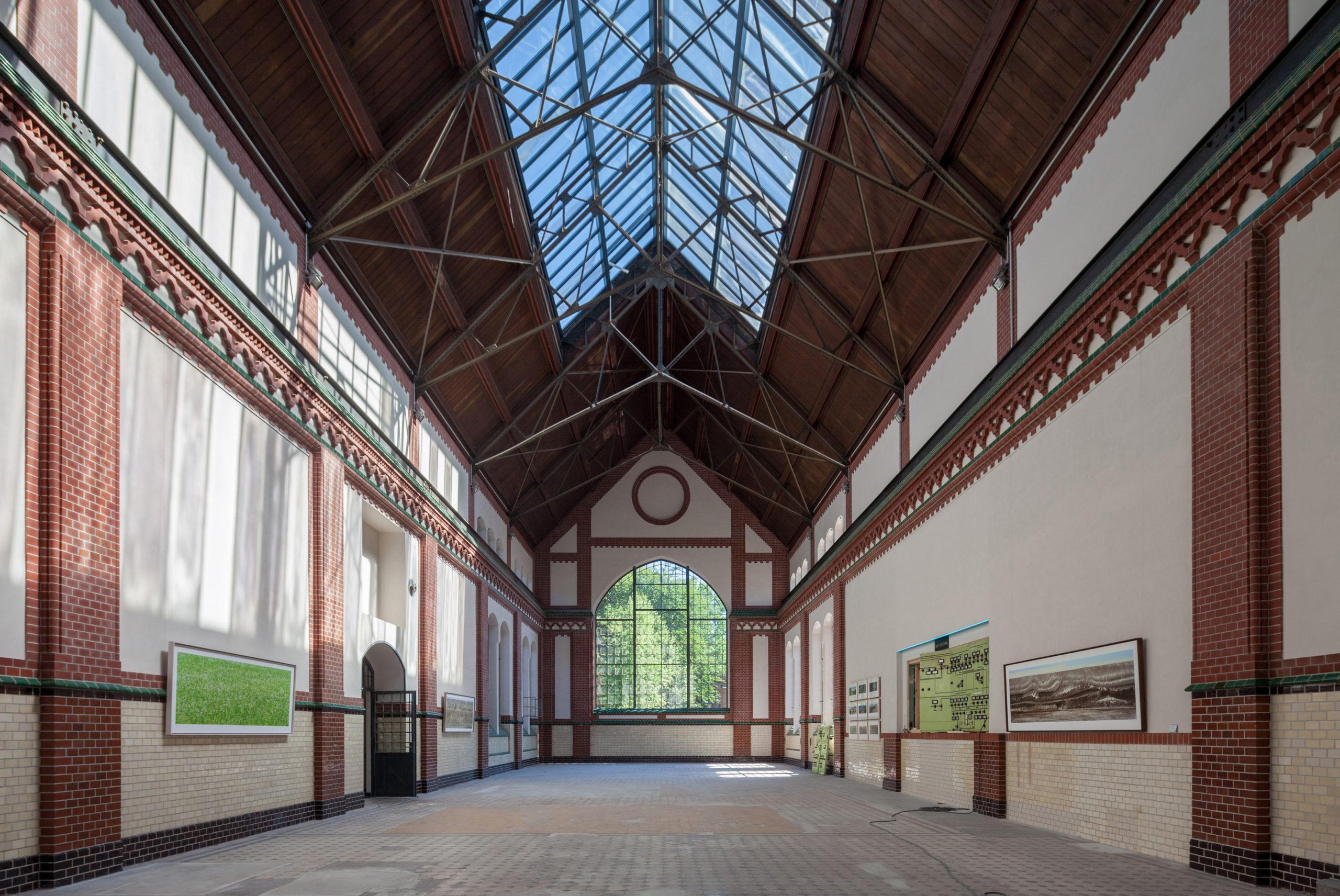 Ausstellung Markus Bollen über Braunkohletagebau im E-Werk in Cottbus